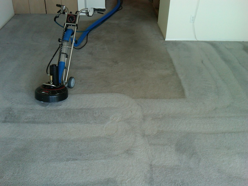 Rotovac 360 in an apartment turnover